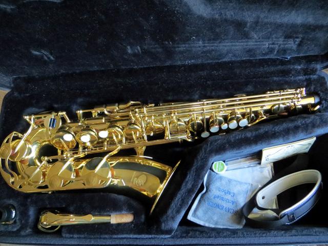 Saxophone-275-1