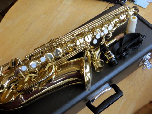 saxofon-yamaha-24-5