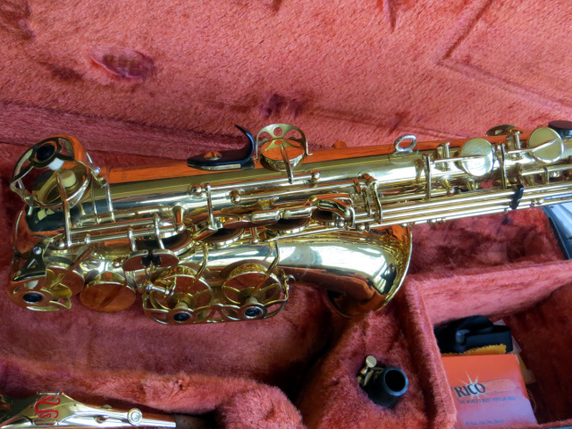 saksofon-YANAGISAWA